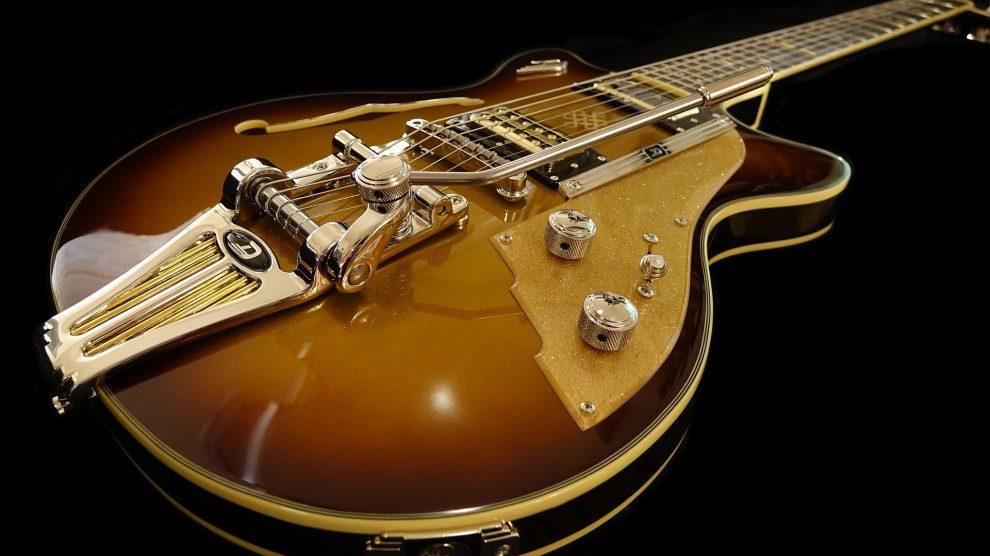 Que choisir : la guitare électrique ou acoustique ?