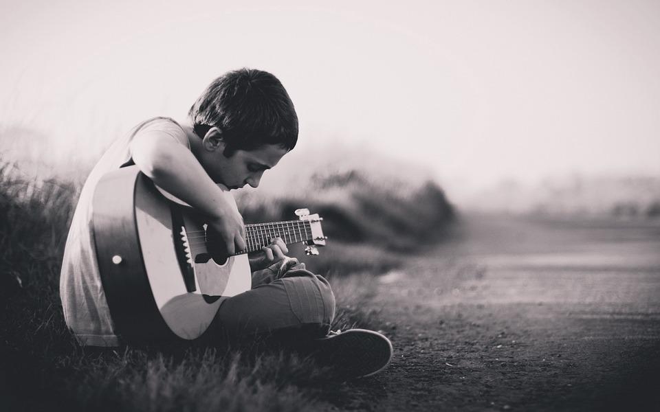 base de la guitare pour débutant